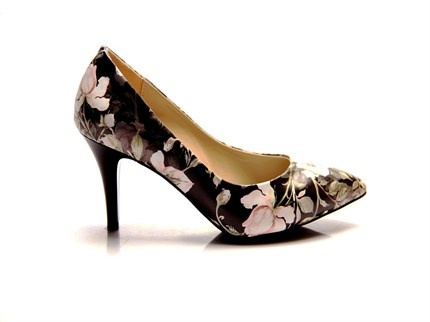 CARRIE-11PNT STILETTO                                        HD PRINTED
